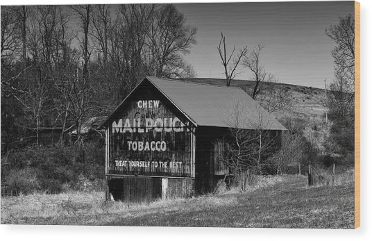 Iconic Mail Pouch Tobacco Barn In Ohio Wood Print