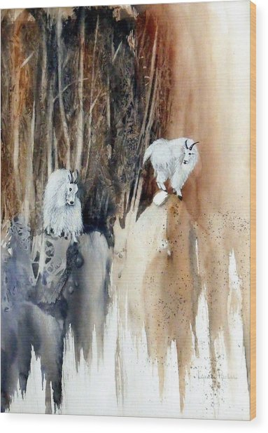 Its Not That Far Wood Print by Lynne Parker