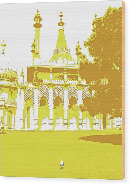 Seagull At The Pavilion Wood Print