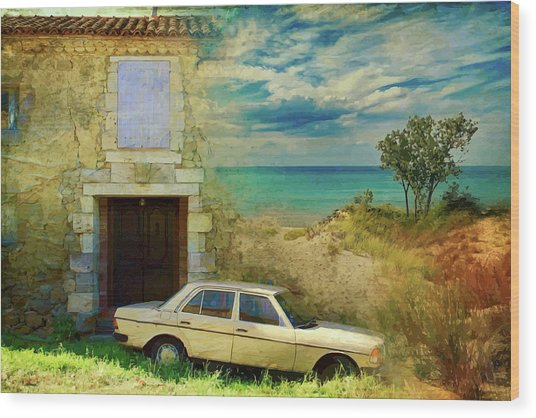 24 Hr Parking By The Beach Wood Print