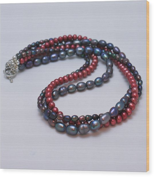 3540 Triple Strand Freshwater Pearl Necklace Wood Print