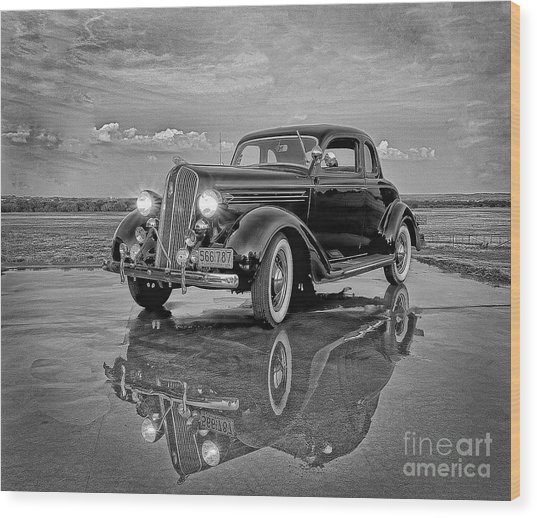 36 Plymouth Reflections Pencil Sketch Wood Print