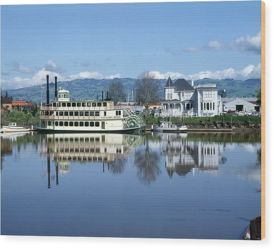 3b6380 Petaluma Queen Riverboat Wood Print