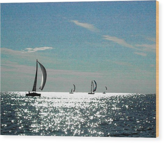 4 Boats On The Horizon Wood Print