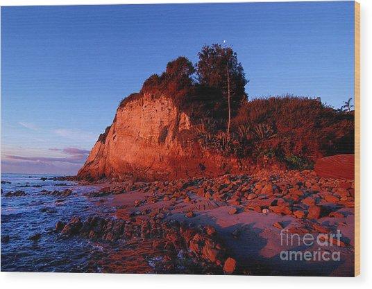 Malibu Sunrise Wood Print by Marc Bittan