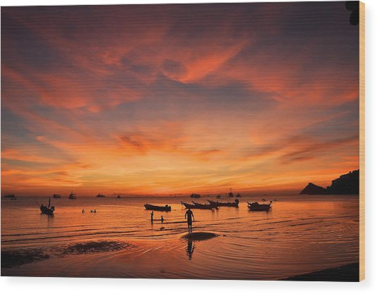 Sunrise On Koh Tao Island In Thailand Wood Print