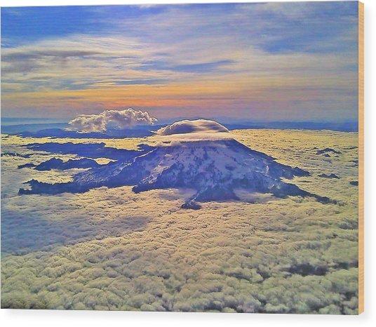 #69 Mt Rainier Sunrise Wood Print