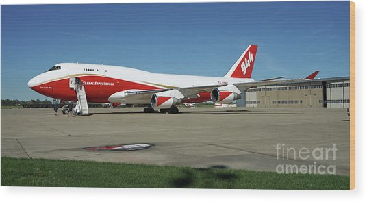 747 Supertanker Wood Print
