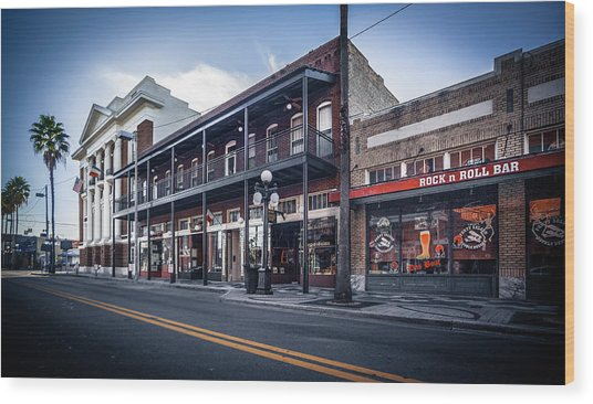 7th Ave Rock N Roll Bar Wood Print by Ybor Photography