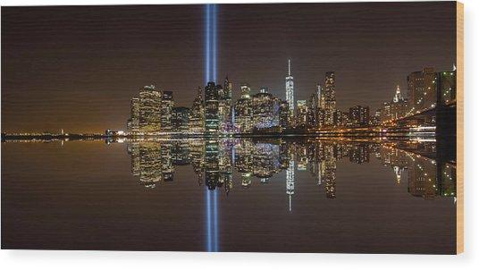 911 Reflection Wood Print