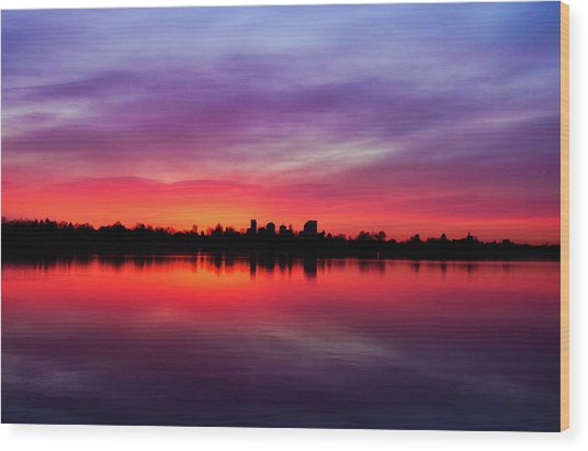 Sunrise At Sloan's Lake Wood Print
