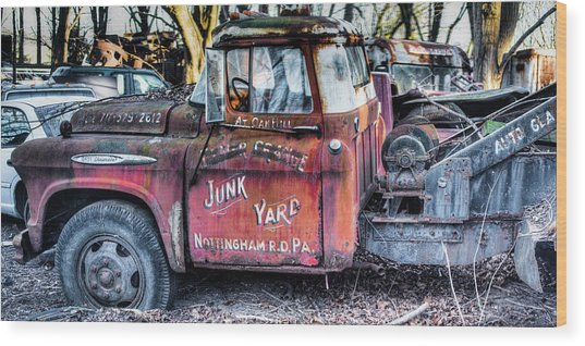 A Beautiful Rusty Old Tow Truck Wood Print