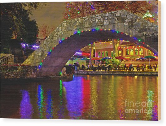 A Casa Rio Christmas On The Riverwalk Wood Print