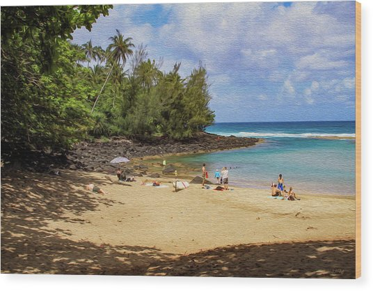 A Day At Ke'e Beach Wood Print