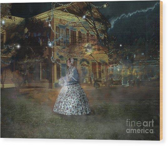 A Haunted Story In Dahlonega Wood Print