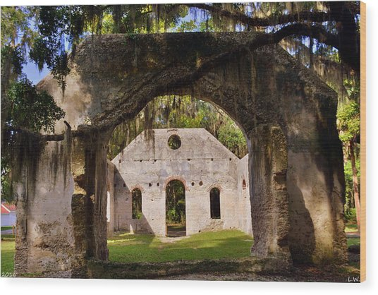 A Look Into The Chapel Of Ease St. Helena Island Beaufort Sc Wood Print