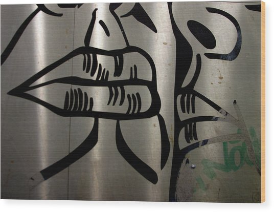 A Quiet Kiss Wood Print by Jez C Self
