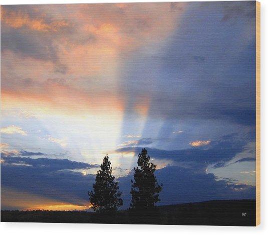 A Riveting Sky Wood Print
