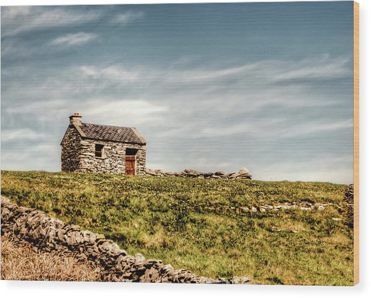 A Shack On The Aran Islands Wood Print