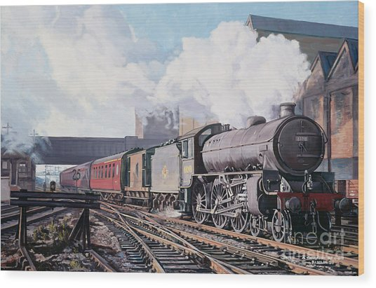 A 'thompson' B1 Class Moving Empty Stock On A Cold February Morning Wood Print
