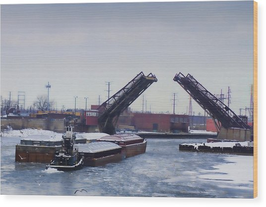 A Tug Boat Pushing A Barge Out To The Lake Wood Print