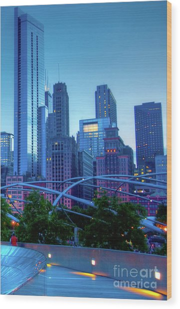 A View Of Millenium Park From The Amoco Bridge In Chicago At Dus Wood Print