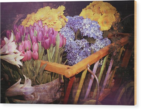 A Wagon Full Of Spring Wood Print