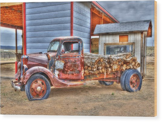 Abandon Truck On Route 66 Wood Print