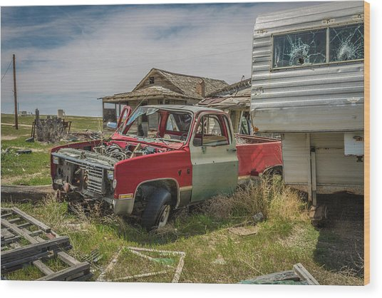 Abandoned Car And Trailer In The Ghost Town Of Cisco, Utah Wood Print