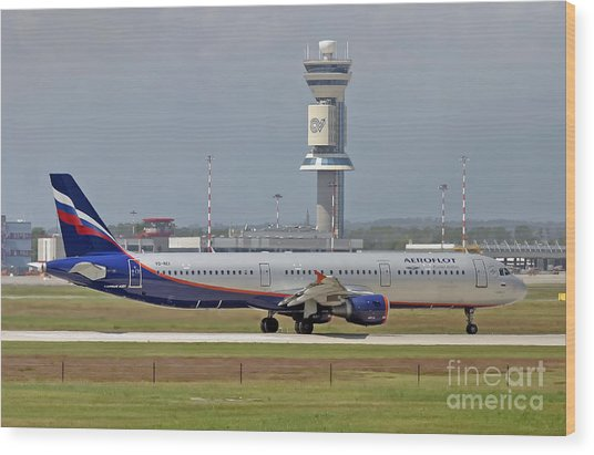 Aeroflot - Russian Airlines Airbus A321-211 - Vq-bei Wood Print