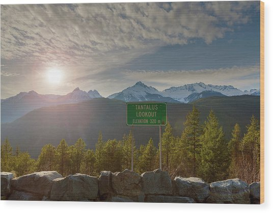 Afternoon Sun Over Tantalus Range From Lookout Wood Print