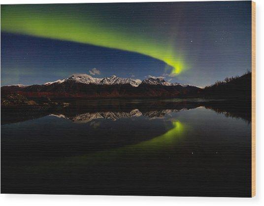 Alaska Northern Lights Wood Print by Sam Amato