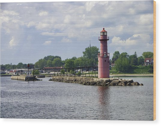 Algoma Pierhead Light Wood Print