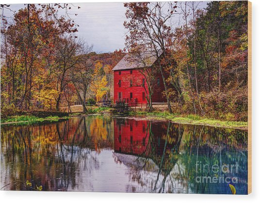 Alley Mill And Alley Spring In Autumn Wood Print