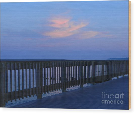 Alls Quiet On The Beach Front Wood Print