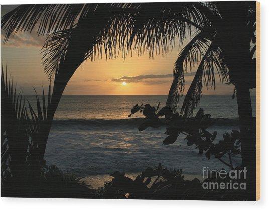 Aloha Aina The Beloved Land - Sunset Kamaole Beach Kihei Maui Hawaii Wood Print