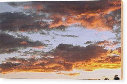 Glorious Clouds At Sunset Wood Print