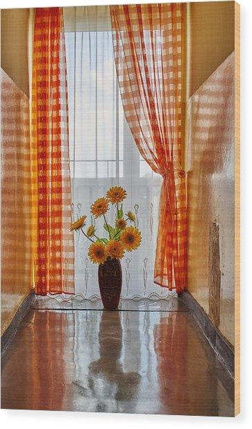 Amber View Wood Print