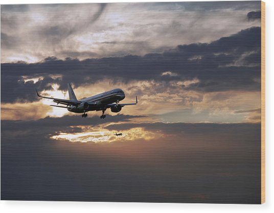 American Aircraft Landing At The Twilight. Miami. Fl. Usa Wood Print