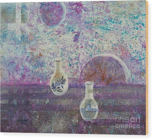 Amphora-through The Looking Glass Wood Print