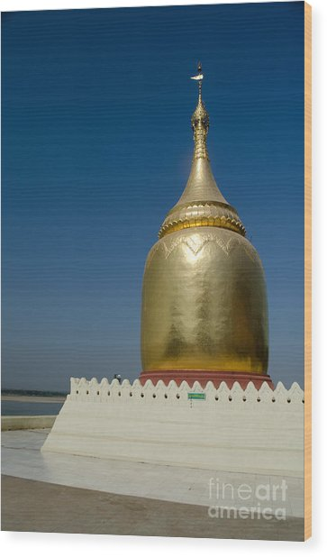 Ancient Riverside Stupa Along The Irrawaddy River In Burma Wood Print