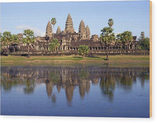 Angkor Wat Wood Print by Liz Pinchen