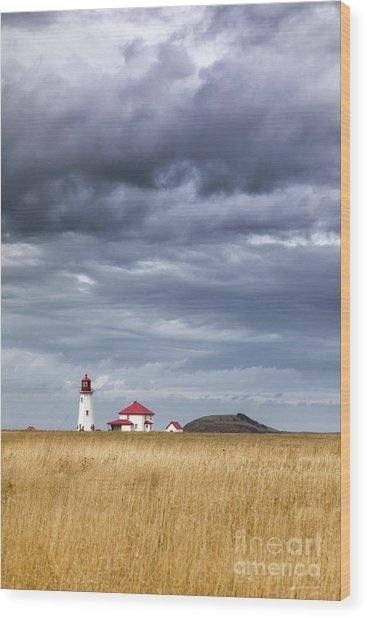 Anse A La Cabane Lighthouse On The Magdalen Islands Wood Print