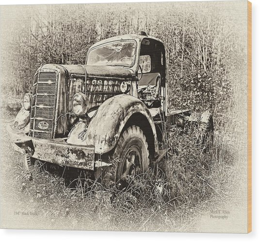 Antique 1947 Mack Truck Wood Print