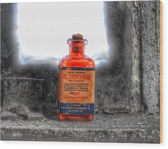 Antique Mercurochrome Hynson Westcott And Dunning Inc. Medicine Bottle - Maryland Glass Corporation Wood Print