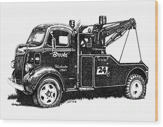 Antique Tow Truck Wood Print