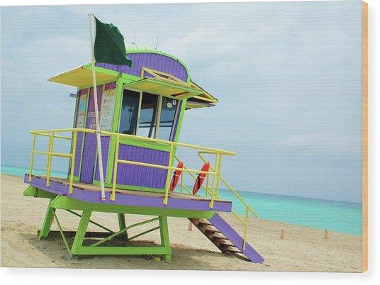 Art Deco Lifeguard Shack Wood Print