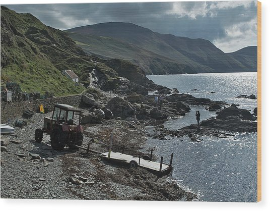 At Niarbyl Point Wood Print by Steve Watson