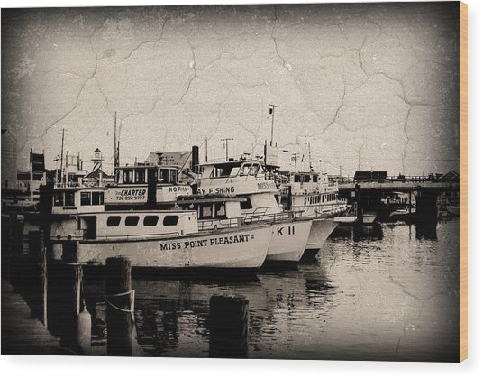 At The Marina - Jersey Shore Wood Print