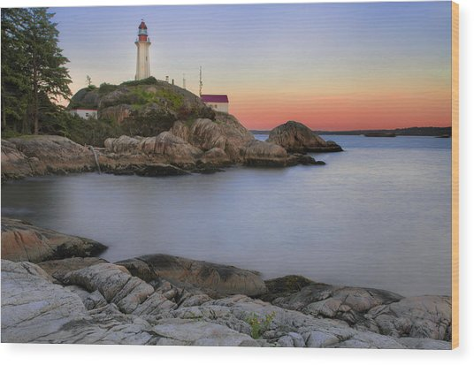 Atkinson Point Lighthouse Wood Print
